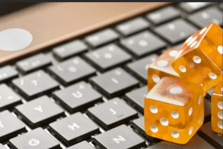 Why an Online Casino is a definite source to earn money